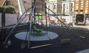 La Plaza de Europa ofrece una novedosa zona de juegos infantiles